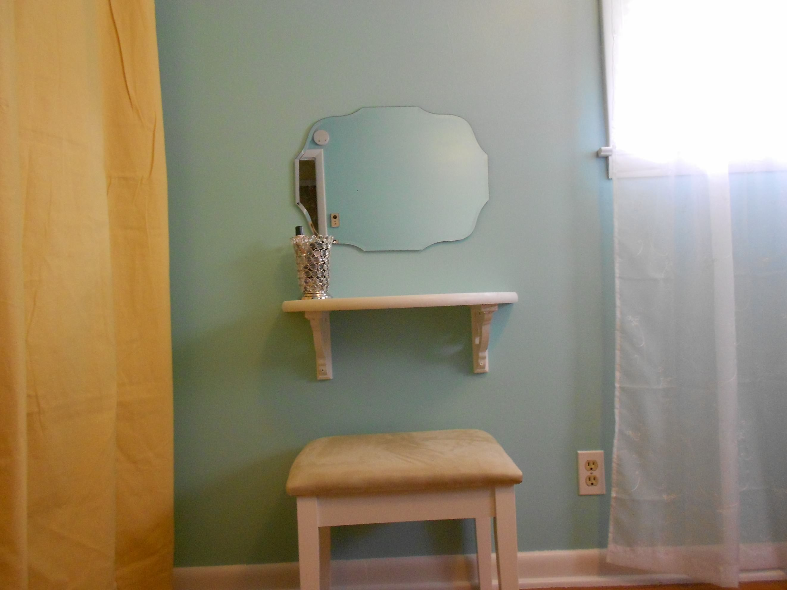 Small Diy Vanity The Ugly House We Love